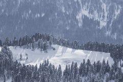 Снег зимы гор стоковые фотографии rf