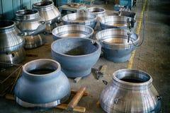 Стальные круглые заготовки для изготовления клапанов стоковое изображение