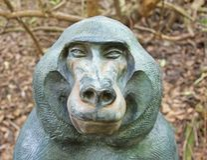 Статуя павиана стоковые изображения rf
