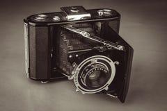 Старая камера фильма стоковое изображение rf