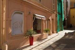 Старый городок St Tropez стоковые фотографии rf