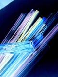 Стекло, стеклянный трубопровод, дующ, дуя стекло, трубы стоковые изображения