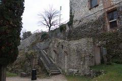 Стена музея в замке Брешии, Ломбардии оружия Luigi Marzoli, Италии стоковое изображение
