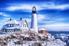 Сцена зимы фары Портленда Мейна стоковые изображения rf