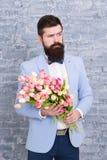 С вашими мыслями в руке абстрактная дата пар птиц цветет влюбленность Международный праздник Цветок на 8-ое марта День женщин 8-о стоковое изображение