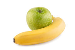 яблоко и банан. Apple and banana isolated on white background Royalty Free Stock Photography