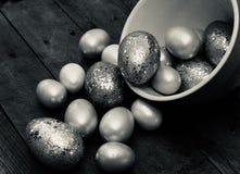 Яйца яркого блеска в черно-белом стоковое изображение rf