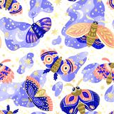 Яркая безшовная картина с сумеречницами и бабочками ночи иллюстрация вектора
