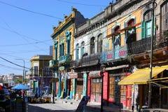 Улицы Caminito в Буэносе-Айрес Аргентине стоковое фото