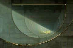 Уникальный космос под мостом стоковое фото rf