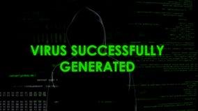 Успешно произведенный вирус, человек в черном запуская malware, нападении секретных данных стоковое фото rf
