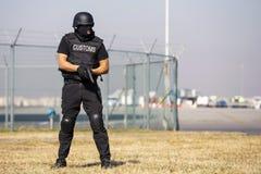 Таможни и офицер предохранения от границы стоковое изображение