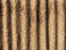 Тень и изогнутый тенью гравий материала смешивания стены и цементировать грубую текстуру стоковые изображения