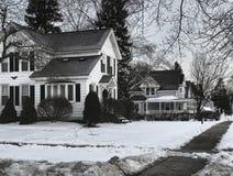 Тихая деревня в зиме стоковая фотография