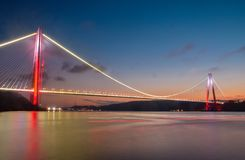 Третий мост и на Стамбуле стоковые изображения