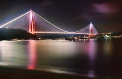 Третий мост и на Стамбуле стоковое фото rf