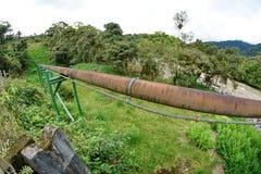 Трубопровод в джунглях стоковая фотография rf