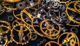 Точность проектировала toothed латунные колеса cog металла стоковая фотография rf