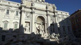 фонтана высокая Италия 1 3 6 20 26 65 85 фонтана ног барочных района города известных самые большие метры большая часть один rome сток-видео