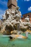 Фонтан в аркаде Navona - Риме Италии стоковые изображения rf