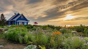 Цветочный сад в Kamouraska, Квебеке стоковое изображение