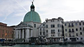 Церковь пиколло Сан Simeone, Венеции, Италии стоковое изображение