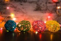 Четырехпроводные пасхальные яйца со светами стоковые фотографии rf