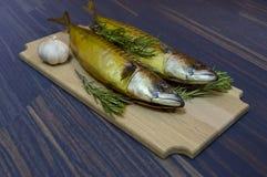Холодные рыбы копченой скумбрии стоковое фото rf