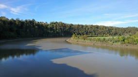 Река окружая замок Chepstow стоковая фотография rf