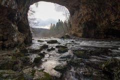Река Rak в долине RakovÅ kocjan стоковые фотографии rf