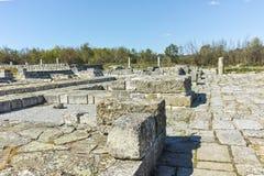 Руины средневекового города Preslav, столицы первой болгарской империи, Болгарии стоковые изображения rf