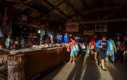 Рыбный базар острова Coron, Филиппин стоковые фотографии rf