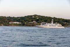 Роскошная яхта St Tropez стоковое фото