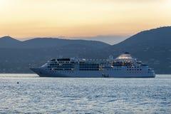Роскошное Cruiseship St Tropez стоковые изображения