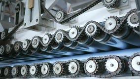 Ñ 在产业的hain扣练齿轮,钝齿轮机械,工作 股票录像