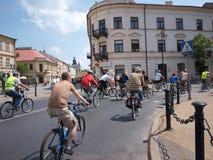 ò Reunião de ciclagem da família, Lublin, Poland Imagens de Stock Royalty Free