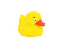 Żółta gumowa kaczki zabawka odizolowywająca Obrazy Royalty Free