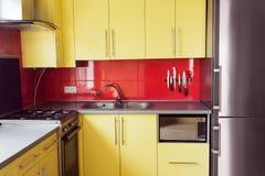 Żółta kuchnia obraz stock