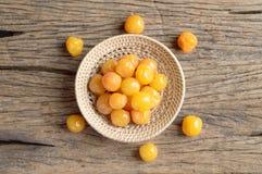 Żółta zalewy wiśni owoc Zdjęcie Stock