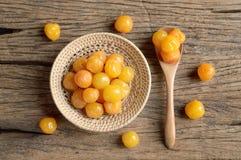 Żółta zalewy wiśni owoc fotografia royalty free