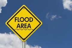 Żółtej Ostrzegawczej zalany obszar autostrady Drogowy znak obraz stock