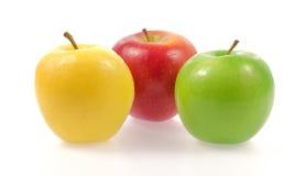 Żółtej zieleni i czerwieni jabłka zdjęcie stock