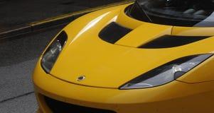 ŻÓŁTY COLOUR sportów samochód Zdjęcie Royalty Free