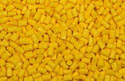 Żółty klingeryt granuluje wyrka obraz royalty free