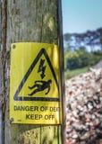 Niebezpieczeństwo Śmiertelny znak ostrzegawczy Obrazy Stock