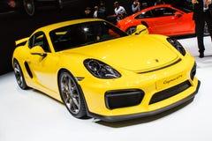 Żółty Porsche Cayman GT4 Lemański Motorowy przedstawienie 2015 Zdjęcie Royalty Free