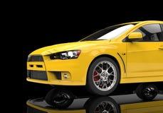 Żółty Potężny Nowożytny samochód na Czarnym tle Zdjęcia Royalty Free