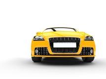 Żółty Potężny Samochodowy Frontowy widok Obrazy Stock