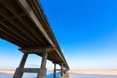 Żółty rzeka most Zdjęcie Stock