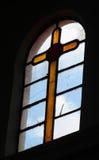Żółty szklany sedno w kościół Zdjęcia Royalty Free